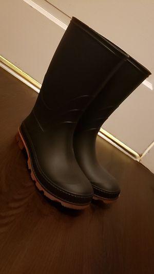Rain boots for Sale in Joliet, IL