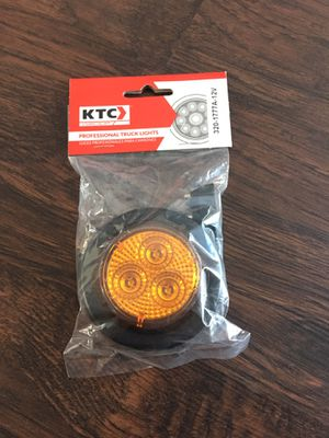 "Round Marker Light 2"" Amber Diamond With Grommet & Pigtail 3 Led 12V for Sale in San Leandro, CA"