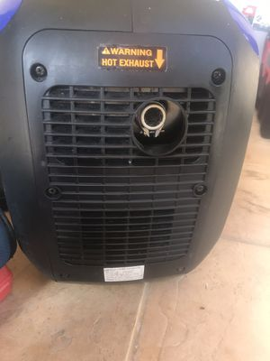 Selling Yamaha portable ultra quiet gas powered 2k generator!! for Sale in Fullerton, CA