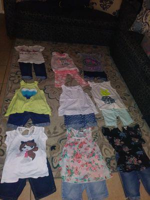 Ropa de niña talla 7 a 8 años en muy buen estado son 9 blusas y 9 chorers for Sale in Corona, CA