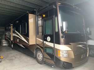 Allegro Tiffin Red Bus 38 QBA Diesel for Sale in Tamarac, FL