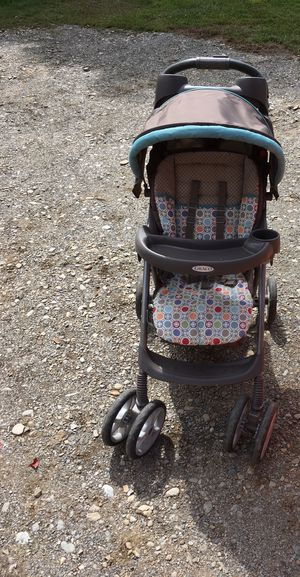 Graco baby stroller for Sale in Corinna, ME
