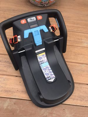 UPPA baby car seat adapter for Sale in Ventura, CA