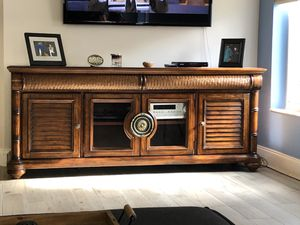 TV Console with drawers for Sale in Fort Lauderdale, FL