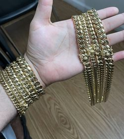 Cuban Links for Sale in Miami,  FL
