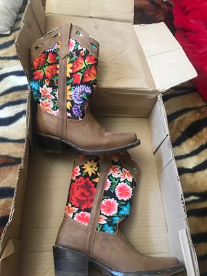 Cowgirl boots for Sale in Phoenix, AZ