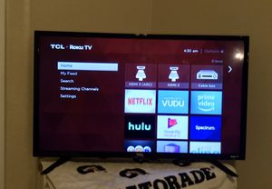 TCL ROKU TV for Sale in Bluffton, SC