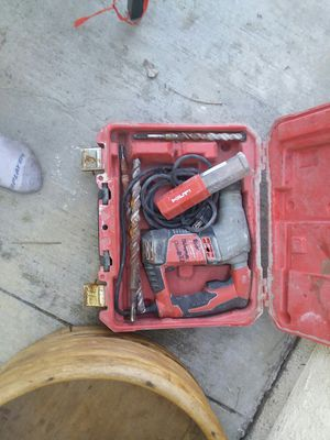 Milwaukee corded drill with drill pieces for Sale in Corona, CA