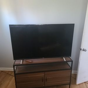 "55 "" TCL With Roku for Sale in Denver, CO"