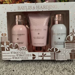 Body Care Gift Set for Sale in Santa Clara, CA