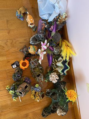 Fish tank decorations for Sale in Clifton, NJ