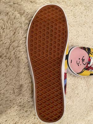 Vans Charlie Brown - Barely Worn - Shipping Only for Sale in Altamonte Springs, FL