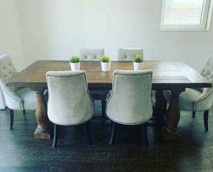 Restoration Hardware Style Dining Table And Chairs for Sale in Chicago,  IL