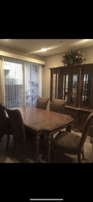 Dining Room Table, China Cabinet, Side Table for Sale in Murrieta, CA