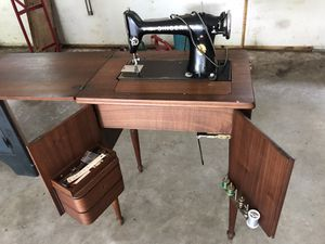 Antique Singer Sewing Machine for Sale in Dover, PA