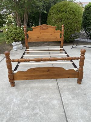 Queen Size Wood and Metal Bed Frame for Sale in Clovis, CA
