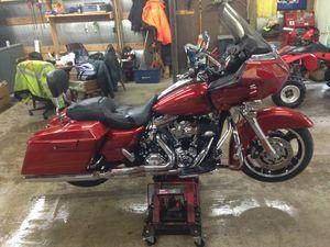 2013 Harley Davidson road glide custom for Sale in Morgantown, WV