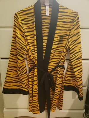 Savage X Fenty robe for Sale in Frederick, MD