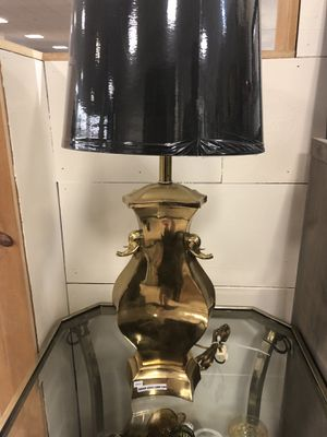 Brass mid century lamp with new lampshade for Sale in Brea, CA