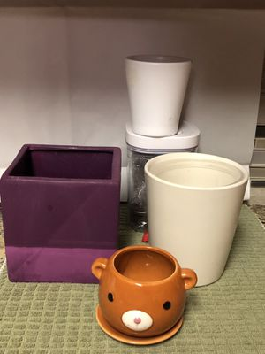 """Flower pot 6""""h to 3 1/2"""" set of 4. Made in Germany for Sale in Dallas, TX"""