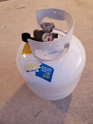 Propane Tank 20 LB With Gauge for Sale in Pompano Beach, FL