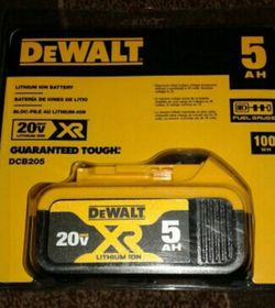 Dewalt 20v 5ah Battery for Sale in Everett,  WA