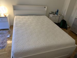 Memory Foam Queen Mattress (The Dream bed original) for Sale in Brooklyn, NY