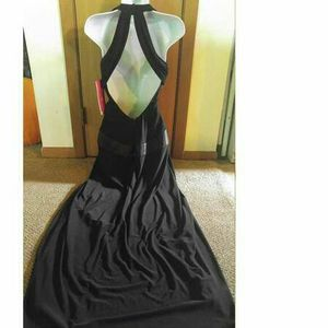 Medium Morgan & Co Dress for Sale in Rhinelander, WI