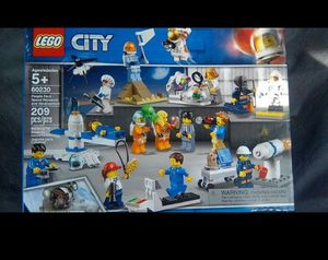 LEGO Space Pack - BRAND NEW for Sale in Fontana, CA