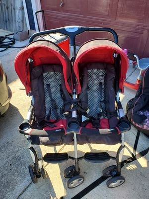 Combi double stroller! Great condition! Colapsable. MPU for Sale in San Antonio, TX