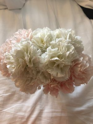 Carnations pink/white flower vase for Sale in San Diego, CA