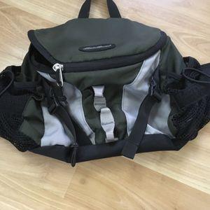 Eddie Bauer Hip/shoulder Sling Bag for Sale in Everett, WA