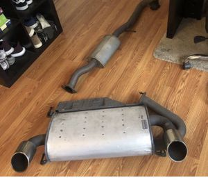 350z parts 03-08 maybe fits g350 oem exhaust for Sale in Santa Ana, CA