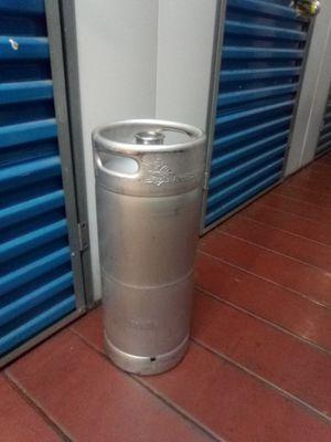 Stainless steel 5.1 gal. Sankey D beerkeg for Sale in Millbrae, CA