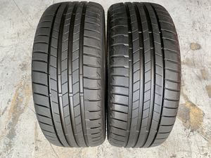 For sale two 225/40/19 Bridgestone Turanza T005 like new with 100% left remaining dot 2019 bmw,Mercedes for Sale in Miami, FL