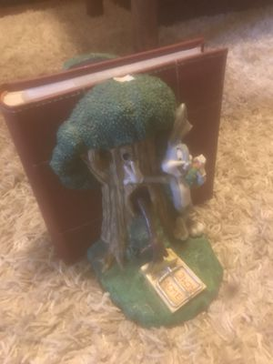 Very Rare Bugs Bunny and Tasmanian Devil book ends for Sale in Roswell, GA