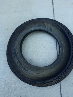 1 tire 530-12 Trailer tire 6 ply for Sale in Wilmer, TX