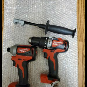 Brand new never used Milwaukee M18 18-Volt Lithium-Ion Brushless Cordless Hammer Drill/Impact Combo Kit (2-Tool) $$ 130 firm for Sale in Bakersfield, CA