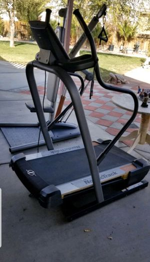 NordicTrack Treadmill for Sale in Apple Valley, CA