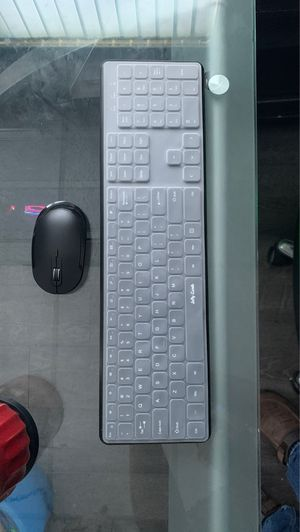 USB wireless keyboard and mouse for Sale in Tamarac, FL