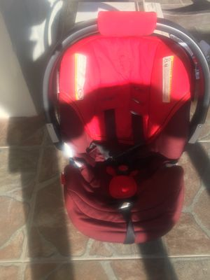 Baby car seat for Sale in Hialeah, FL