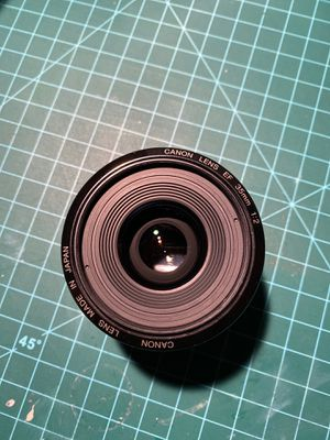 Canon lens ef 35mm f2 with filters for Sale in Los Angeles, CA