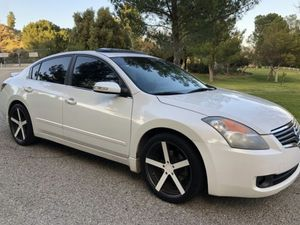 Lucky Day2009 Nissan Altima WDWheelssss for Sale in Alexandria, VA