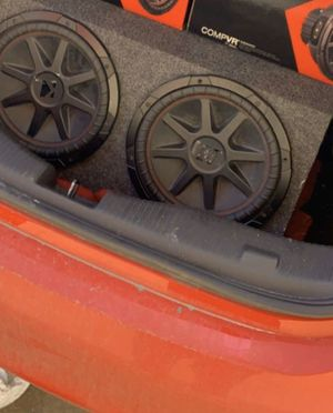 Kicker CompVR 12inch Subwoofers for Sale in Houston, TX
