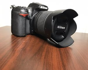 Nikon d7000 with 18-105mm VR for Sale in St. Petersburg, FL