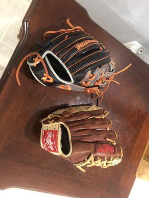Baseball gloves for Sale in Accokeek, MD