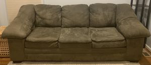 3 seater couch for Sale in Fairfax, VA