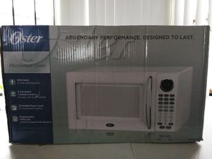 Oster 1.1 Cu. Ft. 1000W All White Digital Microwave Oven - White New OGB81101 for Sale in Detroit, MI