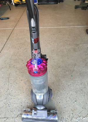 DYSON DC 65 animal complete in perfect work condition for Sale in Bolingbrook, IL