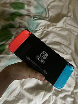 Nintendo switch giveaway text me 707***240***7745 for Sale in Silver Spring,  MD